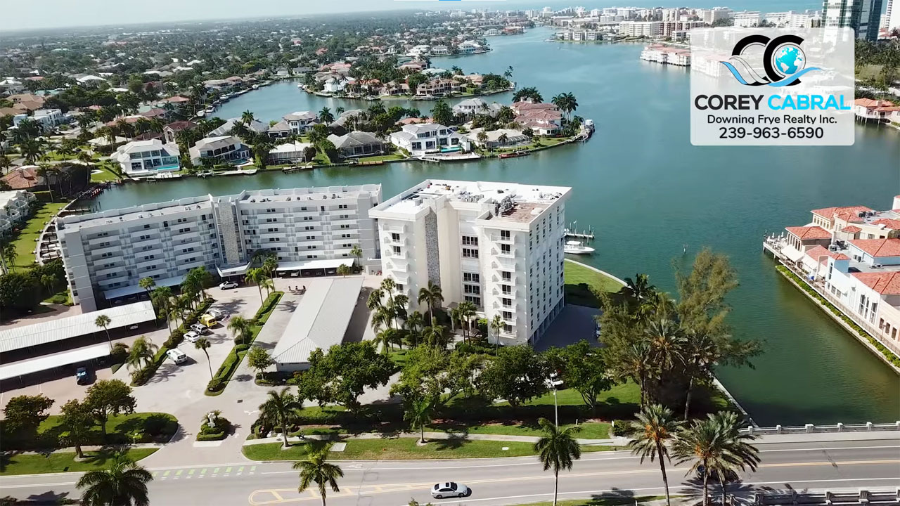 Pelican Pointe West Condo Real Estate for Sale in Naples, Florida